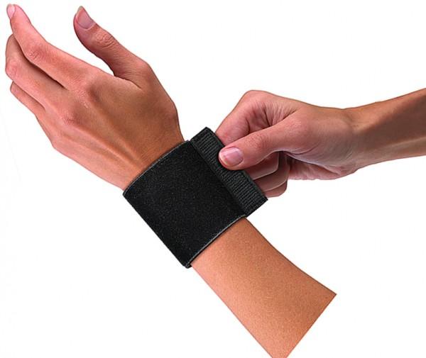 Mueller Elastic Wrist Support with Loop