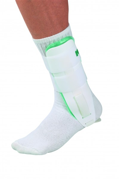 Mueller Gel Brace/ Cold Therapy